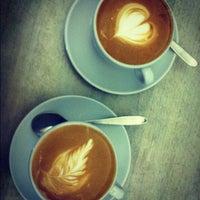 Das Foto wurde bei Kaffeefabrik von mcrvjl am 9/19/2012 aufgenommen