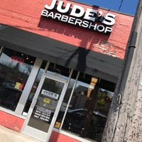รูปภาพถ่ายที่ Jude's Barbershop โดย Ben R. เมื่อ 4/22/2017