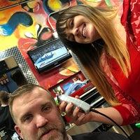 รูปภาพถ่ายที่ Jude's Barbershop โดย Ben R. เมื่อ 12/14/2017