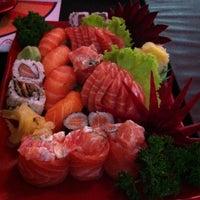 Foto tirada no(a) Seu Miyagi Sushi Lounge por Thaís Helena D. em 3/21/2013