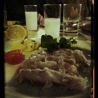 Photo prise au Akıntı Burnu Restaurant par HaRuN le1/30/2013
