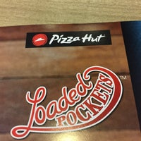 Photo taken at Pizza Hut by Haslan H. on 7/16/2017