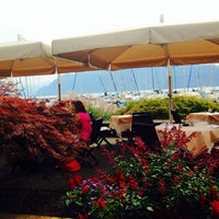 Photo taken at Restaurant du Port de Pully by Gu Sultan 🌙💝🇷🇺🇮🇹 on 8/20/2014