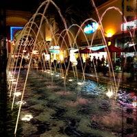 Foto tomada en Irvine Spectrum Center por Nessie el 9/24/2012