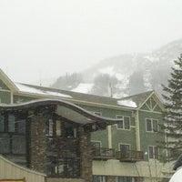 Photo taken at Hunter Mountain Ski Resort by Larry M. on 3/2/2013