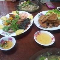 Photo taken at ร้านจงโภชนา by เทพธิดา ห. on 1/3/2013
