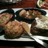 Photo taken at Red Lobster by Kelly L. on 12/29/2012