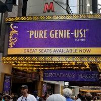 Foto tomada en Aladdin @ New Amsterdam Theatre por Adrienne el 6/16/2018