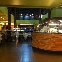 Photo taken at Restaurante Papoula by Eduardo M. on 3/28/2013