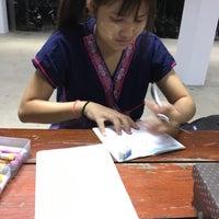 Photo taken at ตึกพักหญิงชวนชม by pangns on 12/5/2016