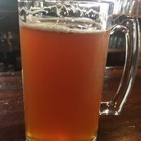 Foto tirada no(a) Angry Minnow Restaurant & Brewery por Marc L. em 9/5/2017