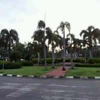 Photo taken at วงเวียน โรงพยาบาลศรีธัญญา by Rushy C. on 6/13/2013