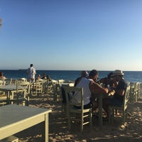 Photo taken at Paradiso Taverna by Evi S. on 8/15/2016