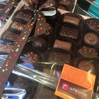 Photo taken at Chocolaterie De Neuville by Luc F. on 2/21/2017