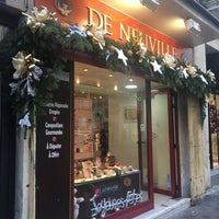Photo taken at Chocolaterie De Neuville by Luc F. on 12/24/2016