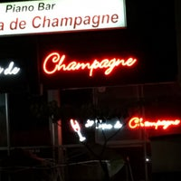 Photo taken at La Copa de Champagne Piano Bar by Rol G. on 5/25/2016