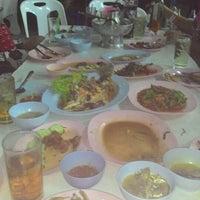 Photo taken at อนงค์ อาหารป่า by ♣◇♣BoNut♧◇♧ L. on 10/31/2014