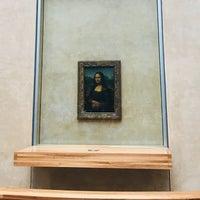 Foto tirada no(a) Mona Lisa | La Joconde por Canberk C. em 8/16/2018