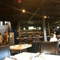 Foto tomada en Southridge Seafood Grill por Ed B. el 6/22/2018