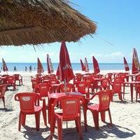 Foto tirada no(a) Praia de Paripueira por Talita J. em 1/28/2013