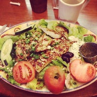 Photo taken at Aladdin's Natural Eatery by Katelyn B. on 3/31/2013