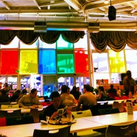 Photo taken at Googleplex - Charlie's Cafe by Omur T. on 4/19/2013