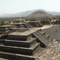 Foto tomada en Zona Arqueológica de Teotihuacán por Evarista T. el 6/17/2013