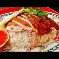 Foto diambil di Mancongkam Chicken Rice oleh Ahmad R. pada 1/12/2013