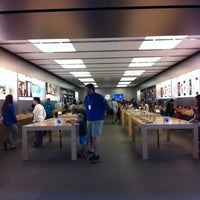 Photo taken at Apple Brandon by Lady Lochi Mochi on 7/18/2013