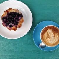 Foto tomada en Sweet Rose Creamery por Caffe L. el 9/27/2013
