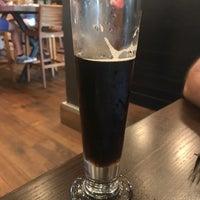 Foto scattata a New Realm Brewing Company da Susan D. il 7/15/2018