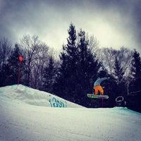 Photo taken at Hunter Mountain Ski Resort by Benny W. on 1/5/2013