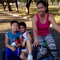 5/3/2014にLoriedel M.がFilinvest Alabang Bicycle Rentalで撮った写真