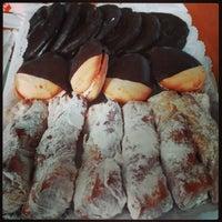 Photo taken at Cafetería Los Porches by Iñaki G. on 1/24/2016