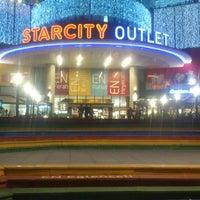 10/13/2013 tarihinde Hamit I.ziyaretçi tarafından Starcity Outlet'de çekilen fotoğraf