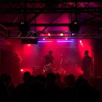 Photo taken at Mercury Live & Lounge by Gideon C. on 11/28/2015