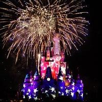 Photo prise au Magic Kingdom® Park par Luis U. le7/7/2013