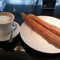 Foto tomada en El Café de la Opera por Sonia C. el 12/29/2012