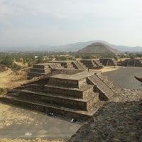 Foto tomada en Zona Arqueológica de Teotihuacán por Hugo C. el 3/21/2013