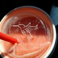 Photo taken at Robeks Fresh Juices & Smoothies by Juliana on 9/27/2012