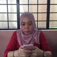 Photo taken at Asam Pedas Kg Baru by Mizamajid on 9/1/2016