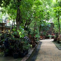 Photo taken at Clay Studio Coffee in the Garden by Schwin P. on 7/2/2016