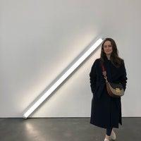 Foto scattata a David Zwirner Gallery da Lauryn G. il 3/3/2018
