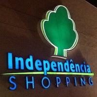Foto tirada no(a) Independência Shopping por Rodrigo G. em 8/7/2013