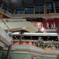 Foto diambil di Fnac oleh Ignacio Z. pada 9/15/2012