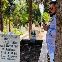 Photo taken at Manisa Kırtık Mezarlığı by Muhlis Ö. on 6/15/2018