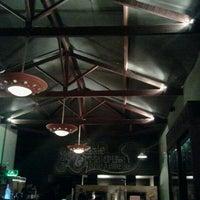 Foto tomada en Domenico Pizzeria Trattoria por Hudson M. el 12/21/2012