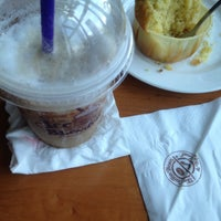 Photo taken at The Coffee Bean & Tea Leaf by Dinda A. on 1/27/2016