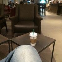 7/22/2015 tarihinde Dannziyaretçi tarafından Starbucks'de çekilen fotoğraf
