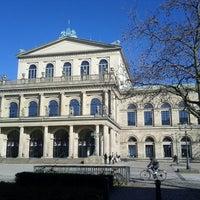 Das Foto wurde bei Opernplatz von Florian E. am 3/4/2013 aufgenommen